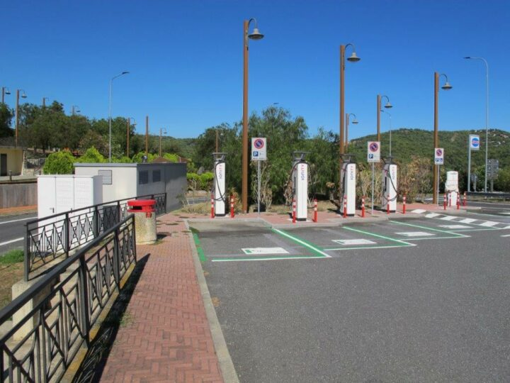 Ionity-Ladestation Rinovo-Nord, Ligurien/Italien (Datum: 5.9.2020)